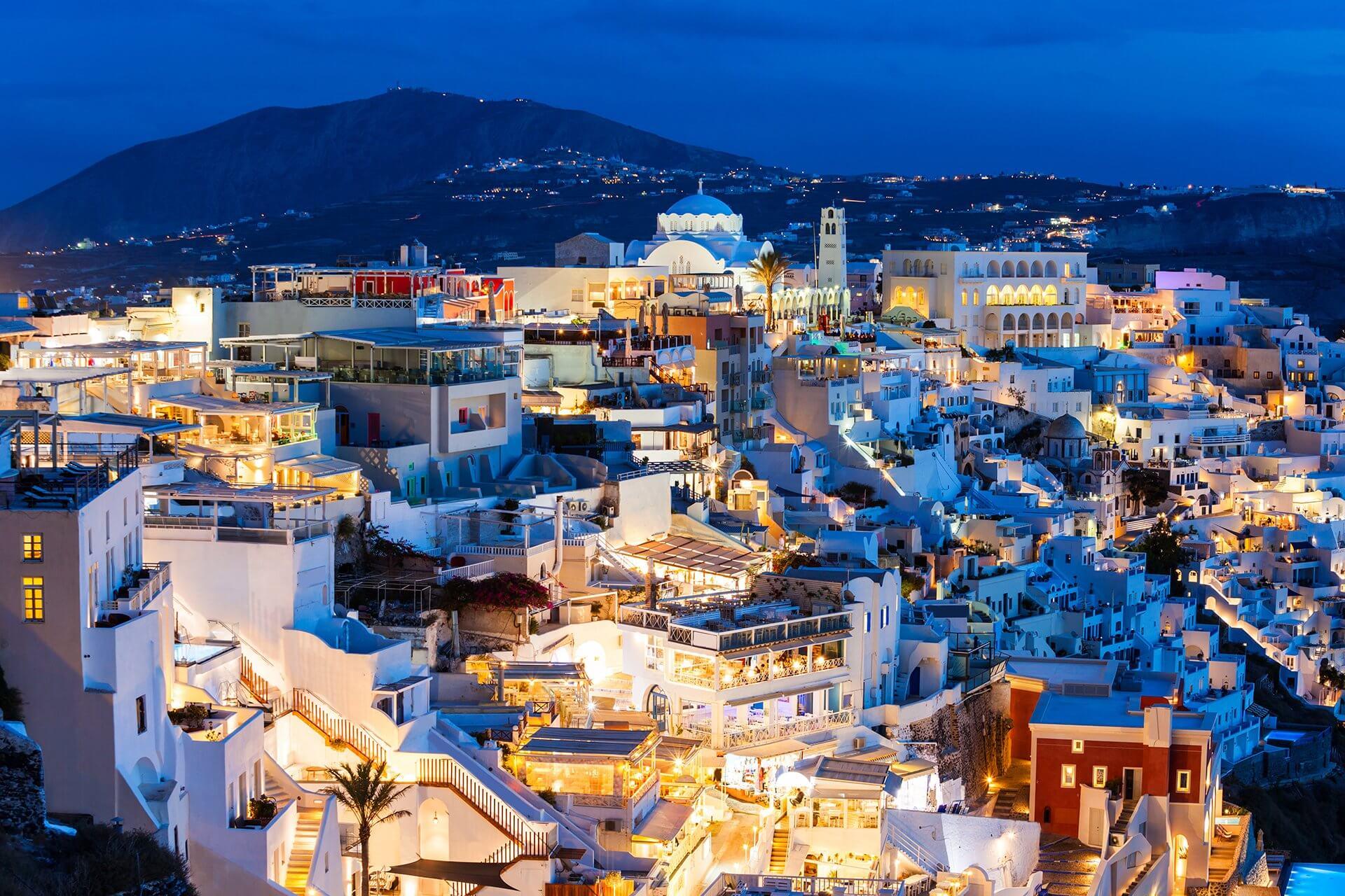 Transfer from & to Fira | Transportation Fira | Santorini-Transfers