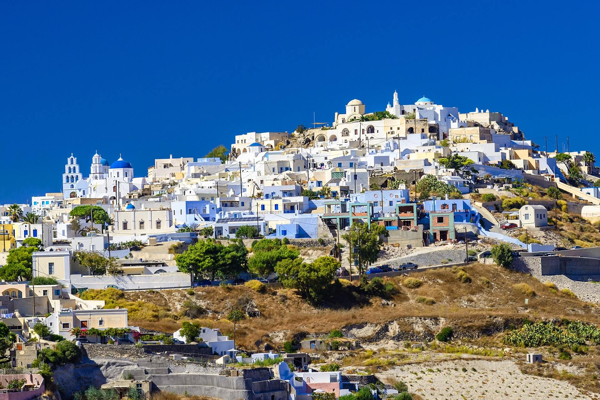 Transfer from & to Pyrgos | Transportation Pyrgos | Santorini-Transfers